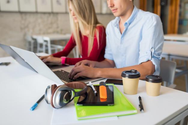 ¿Qué es un Welcome Pack? Ejemplos y ventajas de regalarlo a clientes y empleados